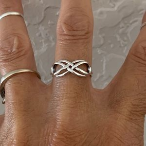 💕💕NEW💕💕 Sterling Silver Double Infinity Ring